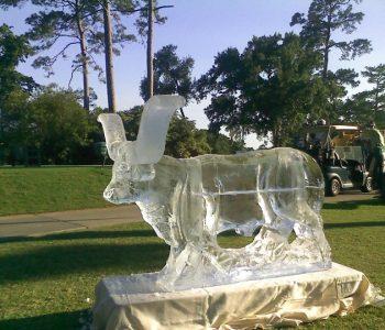 ice sculpture animal